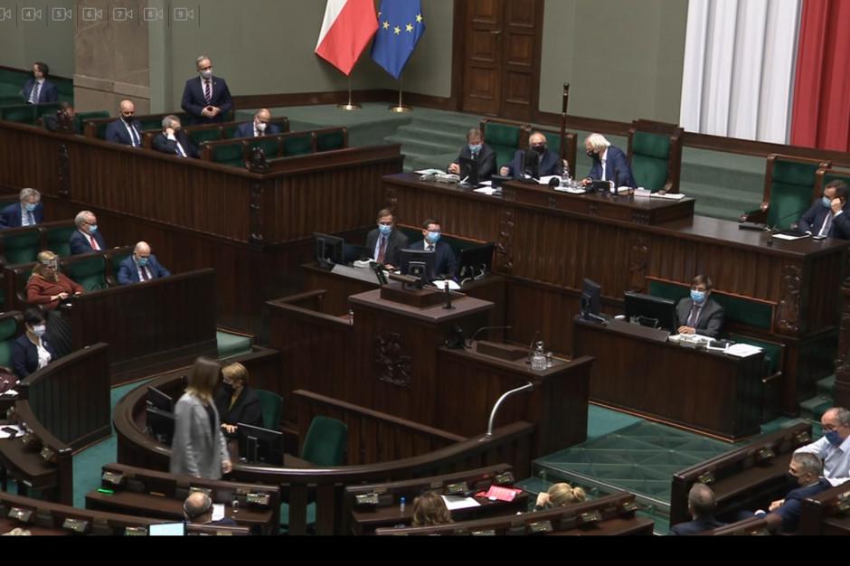 Sejm: posłowie głosowali nad poprawkami Senatu do tzw. ustawy  covidowej. Które odrzucili?