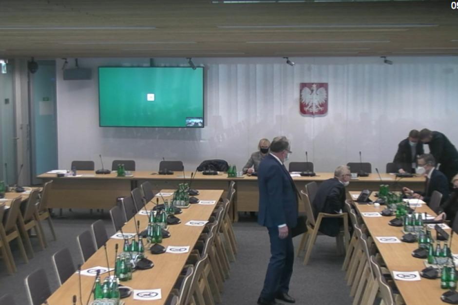 Sejmowa komisja zdrowia negatywnie o części poprawek Senatu do tzw. ustawy covidowej