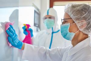 MFiPR: na walkę z  koronawirusem trafi ponad 133,5 mln zł ze środków unijnych