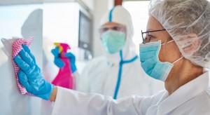 MZ: dzienne statystyki ponownie w górę - 14 838 nowych zakażeń koronawirusem i 620 zgonów
