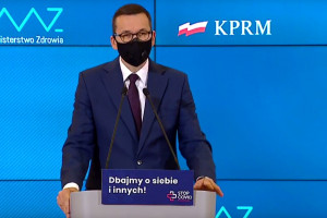 Morawiecki: nie ma zgody na szczepienia poza kolejnością