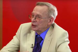 Prof. Gut: pozytywna opinia EMA to jeszcze nie koniec emocji wokół AstraZeneki