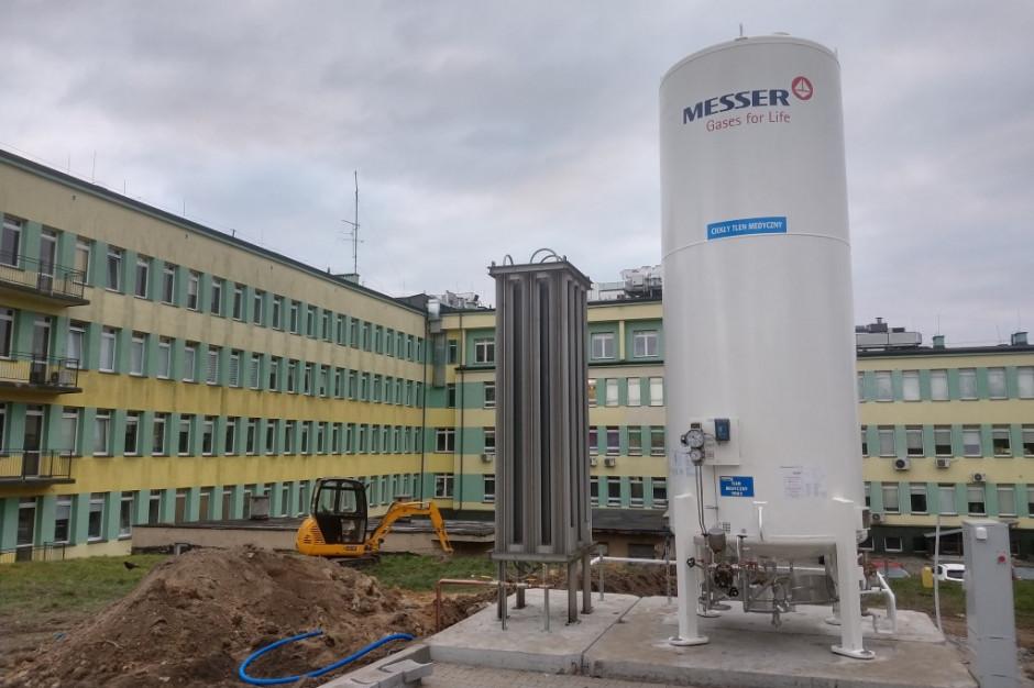 Kraśnik: uruchomiono 6-tonowy zbiornik z tlenem medycznym