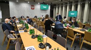 Sejmowa Komisja Zdrowia: trwają prace nad projektem ustawy dotyczącej kadr medycznych w pandemii