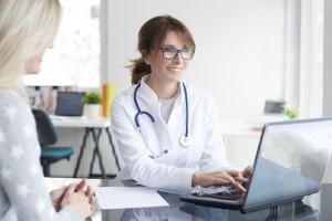 Zarządzenie: dłuższy czas na sfinansowanie informatyzacji świadczeń opieki zdrowotnej - pilotaż EDM
