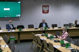Na posiedzeniu sejmowej Komisji Zdrowia o pulsoksymetrach i programie DOM. Mało konkretów