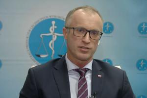 Prezes URPL o walce z pandemią: zarejestrowaliśmy ok. 4 tys. nowych produktów do dezynfekcji