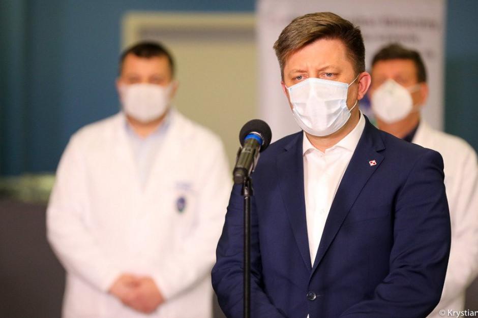 Dworczyk o kampanii zachęcającej do szczepień: są podpisane umowy z aktorami i celebrytami