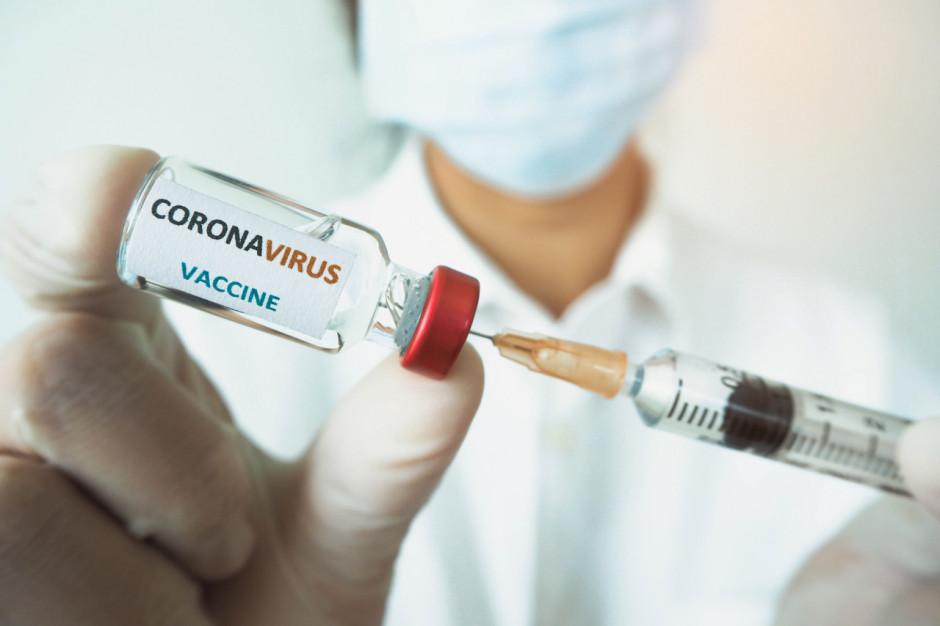 Szef KPRM: olbrzymie zainteresowanie zarejestrowaniem się i zgłoszeniem się na szczepienie