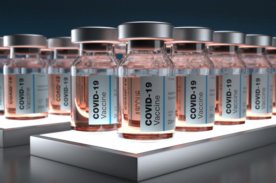 """Rzeczpospolita: rządowe szczepionki  są """"na papierze"""""""