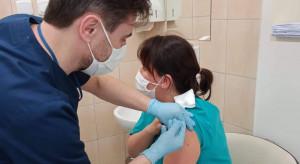 MZ: przeciwko COVID-19 do 23 stycznia zaszczepionych zostało w Polsce ponad 684 tys. osób