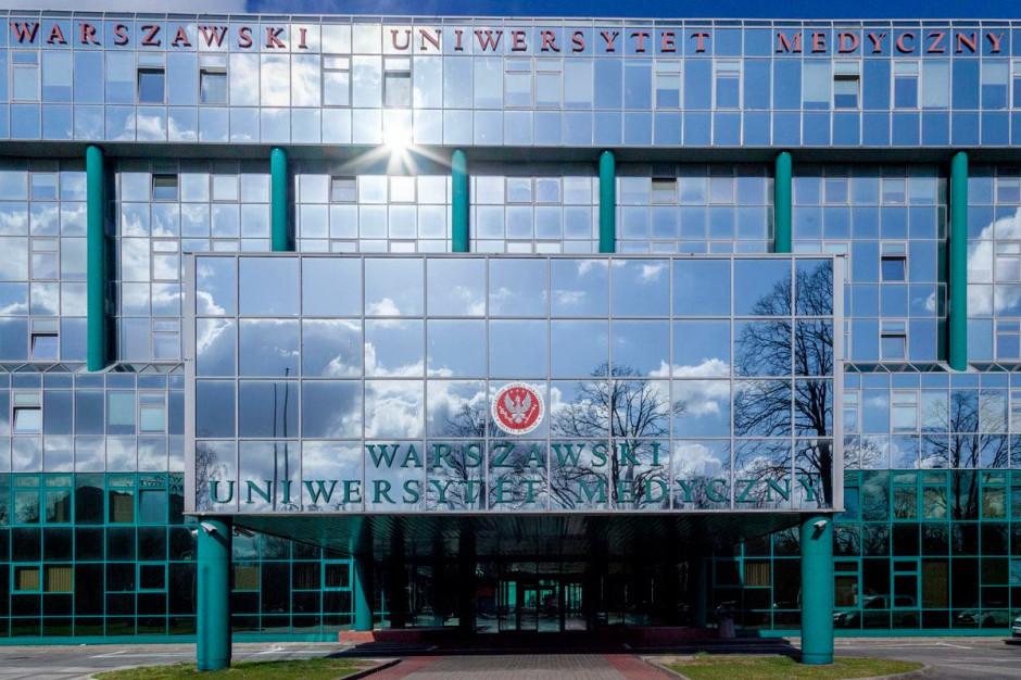 Warszawa: politycy skierowali do prokuratury zawiadomienie ws. organizacji szczepień przez WUM