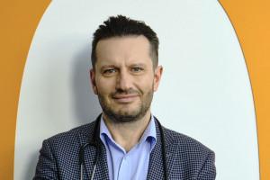 Prof. Kałwak: terapia CAR-T dla dorosłych, ale dla dzieci już nie. Gdzie tu logika?