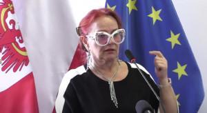 """Pani Jadzia z sanepidu"" nadal aktywna. ""Policja sanitarna? To niehumanitarne!"""