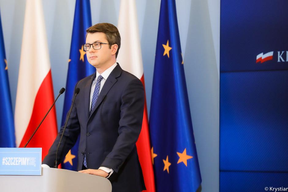 Müller: ws. noszenia maseczek głosy ekspertów rządowych są podzielone