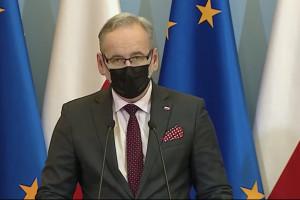 Minister Niedzielski: nowe decyzje dotyczące obostrzeń podamy w środę