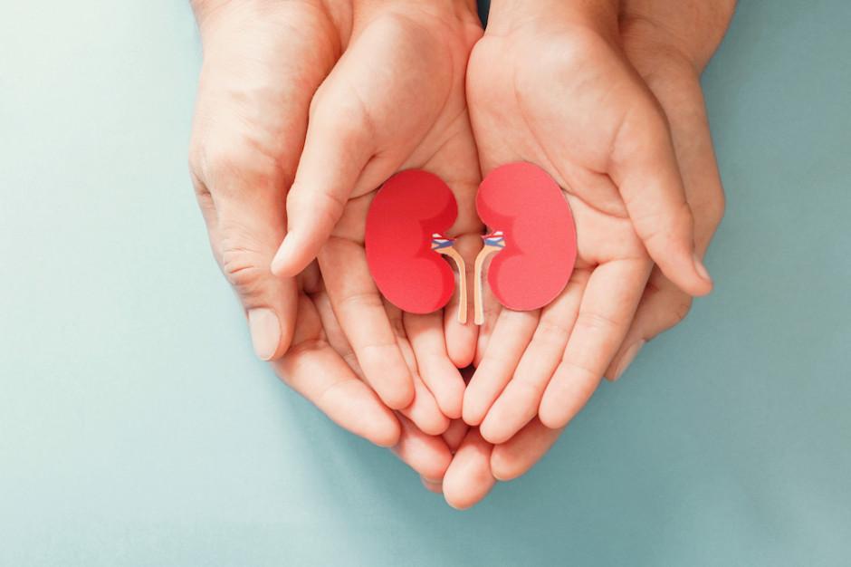 Pacjenci z przewlekłą chorobą nerek z dostępem do nowej terapii