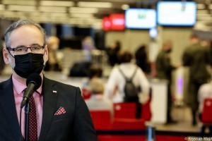 Minister zdrowia: drugą dawkę szczepionki przyjęły już ponad 2 mln Polaków