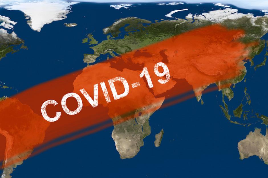 Z powodu Covid-19 zmarło minionej doby blisko 200 osób więcej, niż tydzień temu. Sprawdzamy, dlaczego?