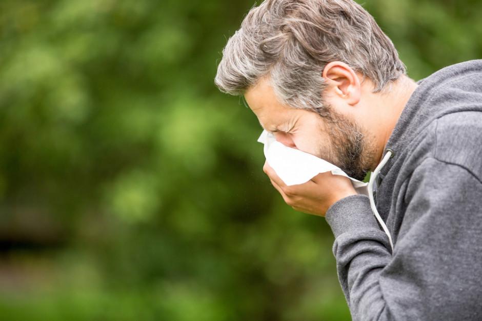 Alergolog: alergicy przyjmujący leki rzadziej zarażają się koronawirusem