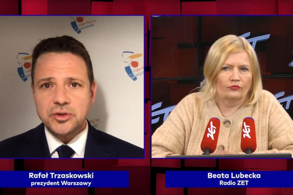 Trzaskowski o punktach masowych szczepień w Warszawie: chaos trwa
