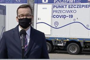 Morawiecki: kontenery ruszają w Polskę, czas na szeroką promocję szczepień