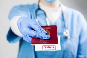 Holandia wprowadzi paszport szczepień. W kraju będzie mógł zastąpić certyfikat testowy