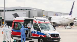 Warszawa: wyląduje samolot z dwoma osobami ewakuowanymi z Indii. Trafią do szpitala