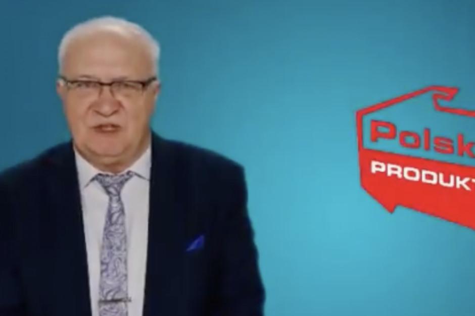 Prof. Simon odnosi się do swojego udziału w reklamie maseczek