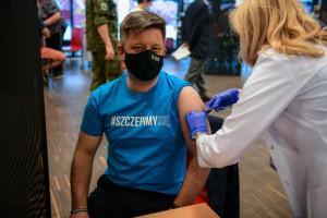 Michał Dworczyk zaszczepił się przeciw COVID-19. Znamy preparat