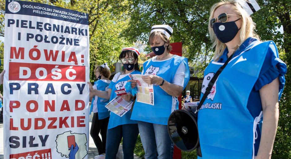 Krystyna Ptok dla Rynku Zdrowia: - Ustawa o minimalnych wynagrodzeniach w ochronie zdrowia jest źle skonstruowana