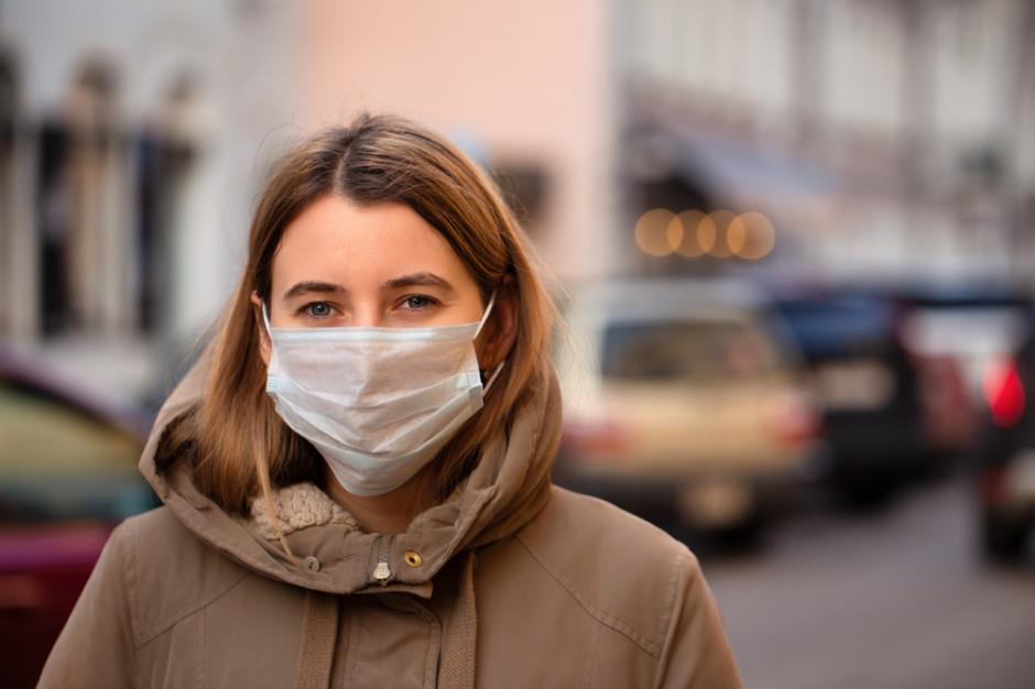 Znany amerykański epidemiolog wyjaśnia, dlaczego młodzi powinni się szczepić