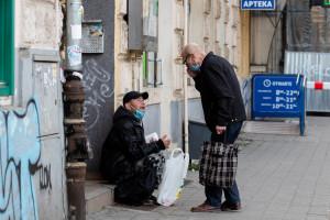 RPO alarmuje: bezdomni poza systemem szczepień. Apel do Ministra Zdrowia