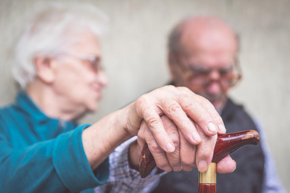 Nowy lek na alzheimera zatwierdzony w USA. Pierwszy od prawie 20 lat. To Aduhelm od firmy Biogen
