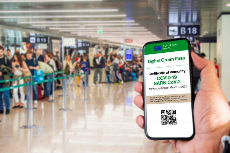 Paszport covidowy. Unijne certyfikaty z poparciem Parlamentu Europejskiego. Zaczną obowiązywać od 1 lipca