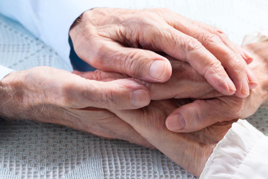 Nowy lek na alzheimera dopuszczony w USA przez FDA. Dwóch ekspertów złożyło rezygnacje