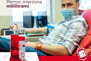 Dawcy krwi zakładają kolorowe skarpety nie do pary