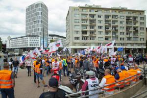RPO: zakaz zgromadzeń w czasie pandemii należy rozpatrywać jako ingerencję w wolność