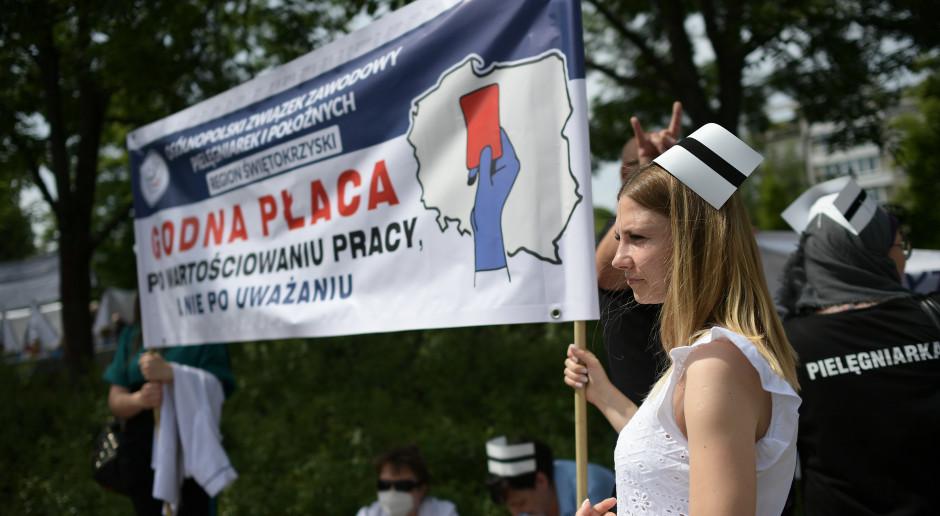 Sejm odrzucił poprawki Senatu. Sprawa wynagrodzeń medyków pozostaje nierozwiązana