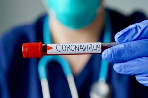 W Wielkiej Brytanii obserwowanych jest aż 25 mutacji koronawirusa