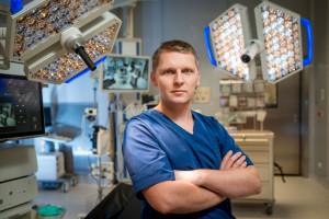 """Prof. Major: """"Otyłości nie da się wyleczyć przez operację żołądka. To nie jest choroba żołądka"""" ROZMOWA"""