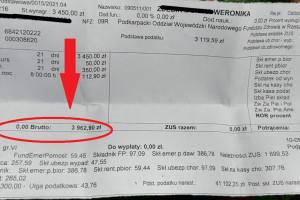 """Pielęgniarki pokazały paski z wypłat. Niektóre kwoty szokują: 2,5 tys. zł """"na rękę"""". Ile tak naprawdę zarabiają pielęgniarki?"""