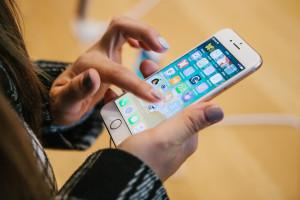 Amerykański gigant informuje, że jego urządzenia mogą być zagrożeniem dla rozruszników serca. Na liście m.in. iPady, iPhony, Apple Watch i AirPods