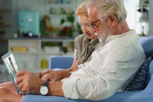 Rozmowa telefoniczna z pacjentem to jeszcze nie jest telemedycyna. Skuteczne rozwiązania czekają na refundację