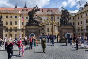 Bez szczepienia Polacy nie wjadą do Czech. Muszą mieć negatywny test na COVID-19
