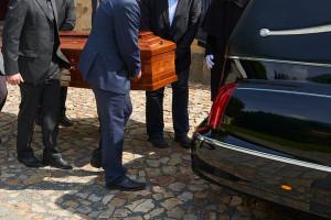 Szpital stwierdził zgon żyjącego mężczyzny. Teraz musi zapłacić 25 tys. zł zadośćuczynienia i przeprosić