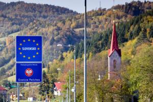 Utrudnienia na granicy ze Słowacją. Kontrole paszportów covidowych i zamknięte przejścia