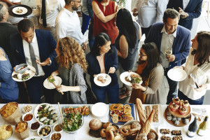 W Holandii coraz więcej zakażeń na zamkniętych imprezach