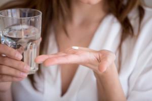 Tabletki antykoncepcyjne zmniejszają ryzyko nowotworu jajnika? Są nowe badania