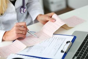 Rośnie liczba zgonów z powodu chorób serca. Pomoże Krajowa Sieć Kardiologiczna? Są wątpliwości